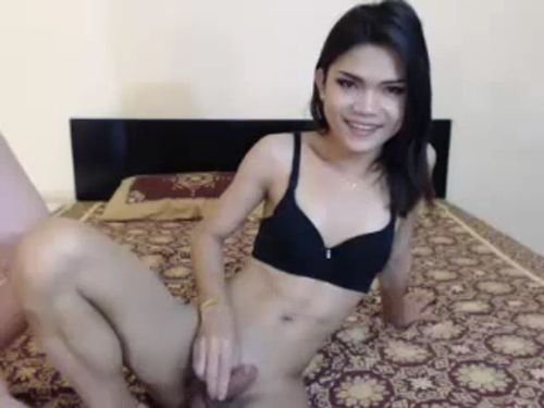 Petite Asian Cam Tranny Is So Horny Today