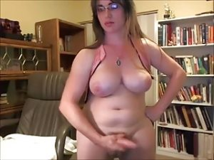 Chubby Tranny Loves Camming For Her Fans