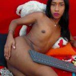Black Tranny Spends Her Free Time On Live Webcam